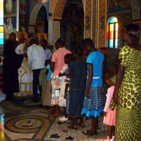 Θεία Κοινωνία στον Άγιο Μάρκο της Κινσάσα