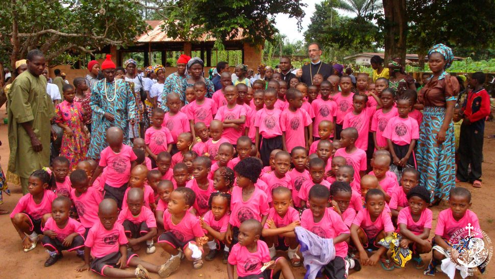 Ο Σεβασμιώτατος κ. Αλέξανδρος σε ορθόδοξο σχολείο της Νιγηρίας
