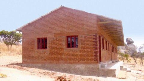 Το νέο δημοτικό σχολείο, δωρεά της Αδελφότητάς μας