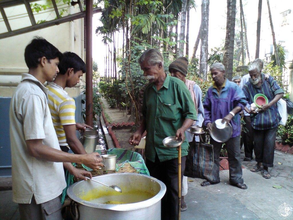 Συσσίτια στην Καλκούτα