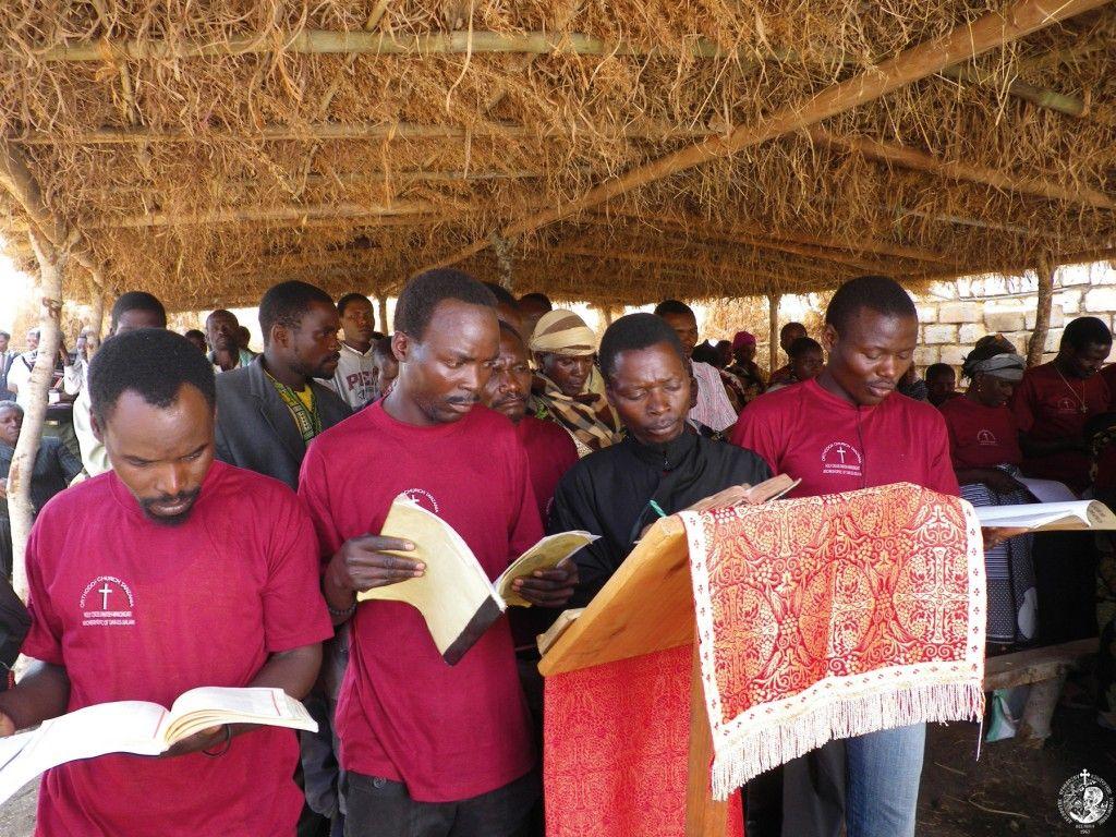 Ακολουθία σε αχυροκαλύβα-εκκλησία