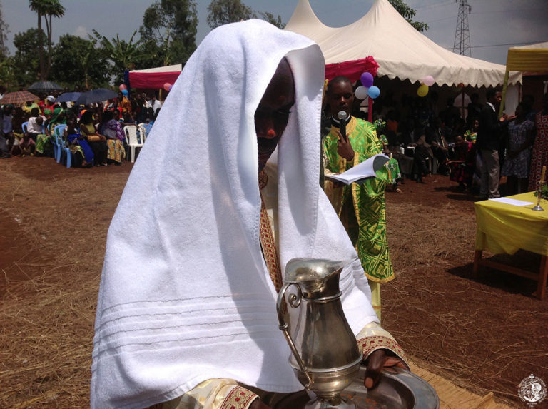 Ο πρώτος Ορθόδοξος ιερέας στη Ρουάντα
