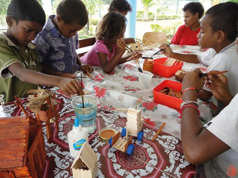 Στο ορφανοτροφείο 'Αγία Ταβιθά' στο Viti Levu των Φίτζι